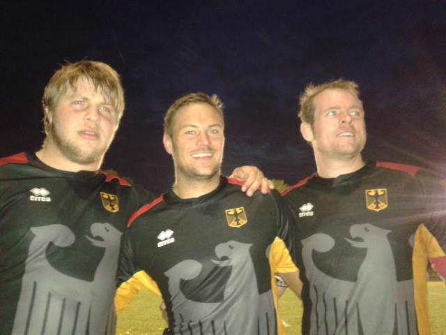 Die drei Handschuhsheimer im Nationaldress nach dem Sieg über Tschechien
