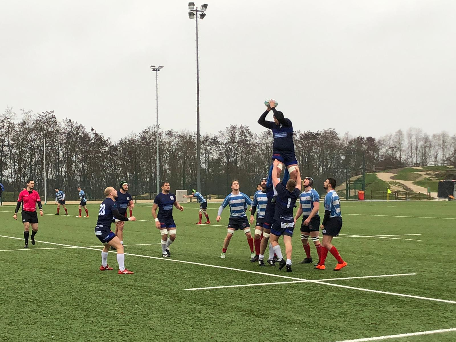 In der zweiten Halbzeit spielten nur noch die Löwen - Luxemburg bekam kaum mehr eine Hand an den Ball. Foto: Michael Reinhard.